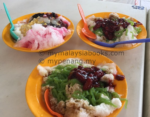 best desert, ice kacang and cendol (chendol) Penang