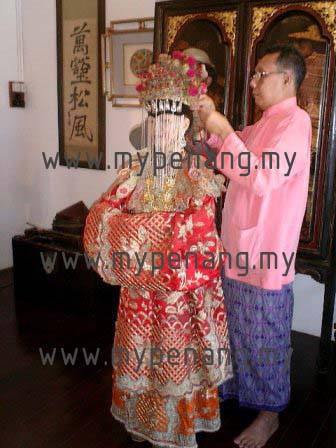 Nyonya Bride - baba and nonya wedding